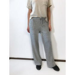 Pantalon tricotat evazat