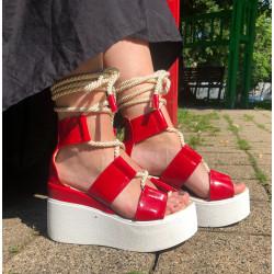 Sandale sfoara