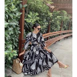 Rochie geometric black and white