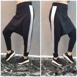 Pantaloni black cut cu dunga